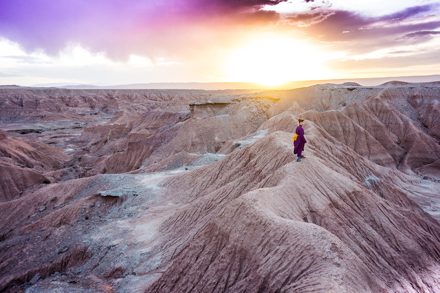 RETURN TO THE FLAMING CLIFFS text and images by Matthew DeSantis